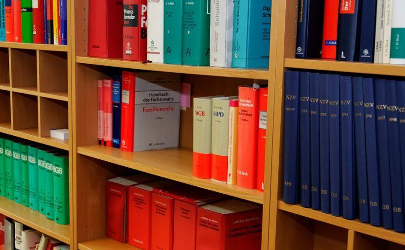 Darmowe porady prawne przez Internet